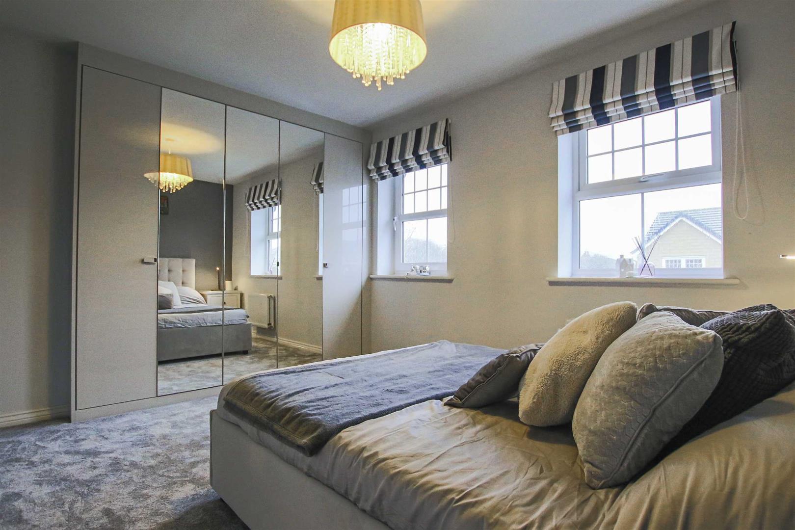 4 Bedroom Detached House For Sale - Image 18